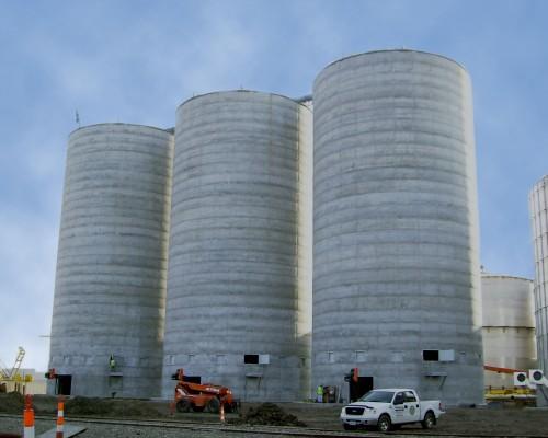 Dry Distillers Grain - Concrete Silos - Hoffmann, Inc.