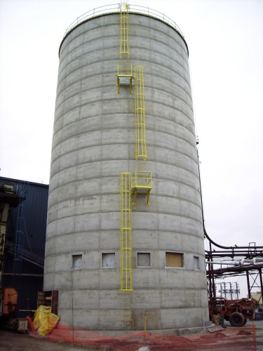 Wood Waste Biomass Storage - Concrete Silos - Hoffmann, Inc.